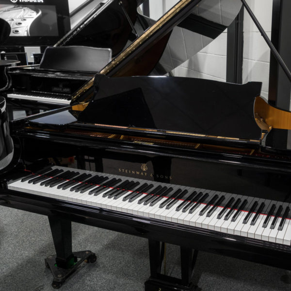 used Steinway & sons model s grand piano c1941