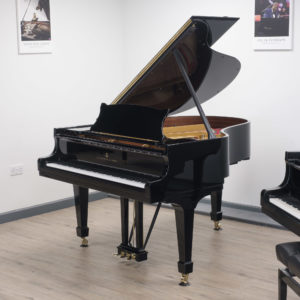 Steinway model M polished black
