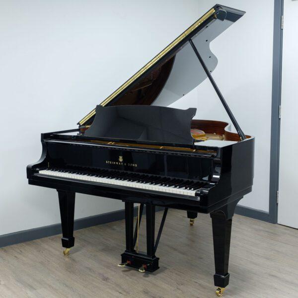 Steinway Model M Grand Piano in Black