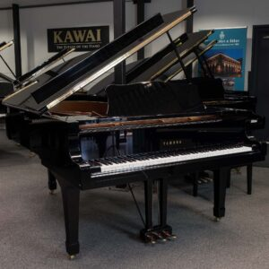 Yamaha C6 Grand in polished black
